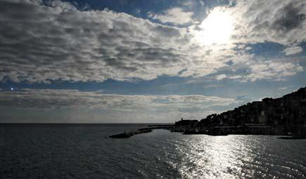 nuvole sul mare di liguria